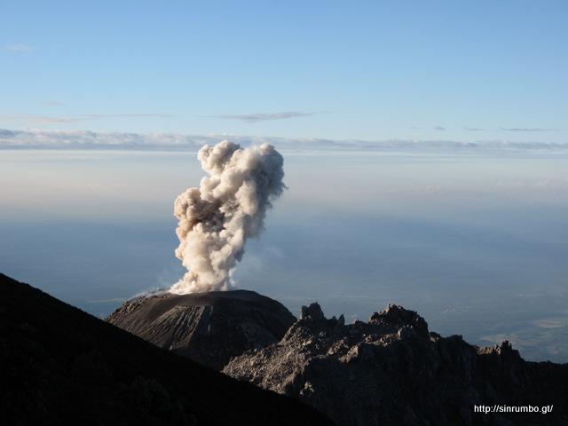 Volcán Santiaguito – Adrenalina, Majestuosidad e Historia