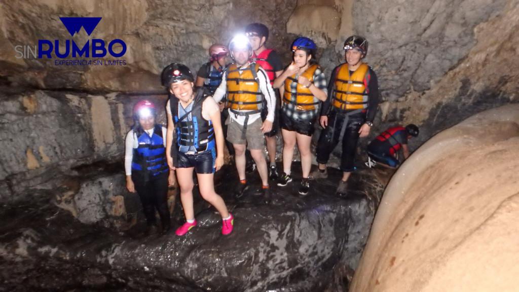 cuevas grutas de caxlampon guatemala