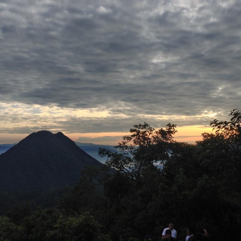 Volcan paquisis atitlan guatemala