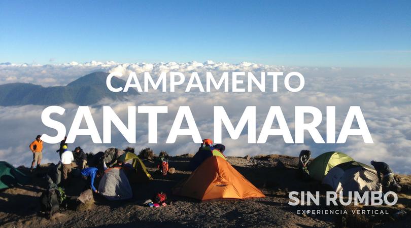 Viaje de trekking y campamento al volcan santa maria guatemala